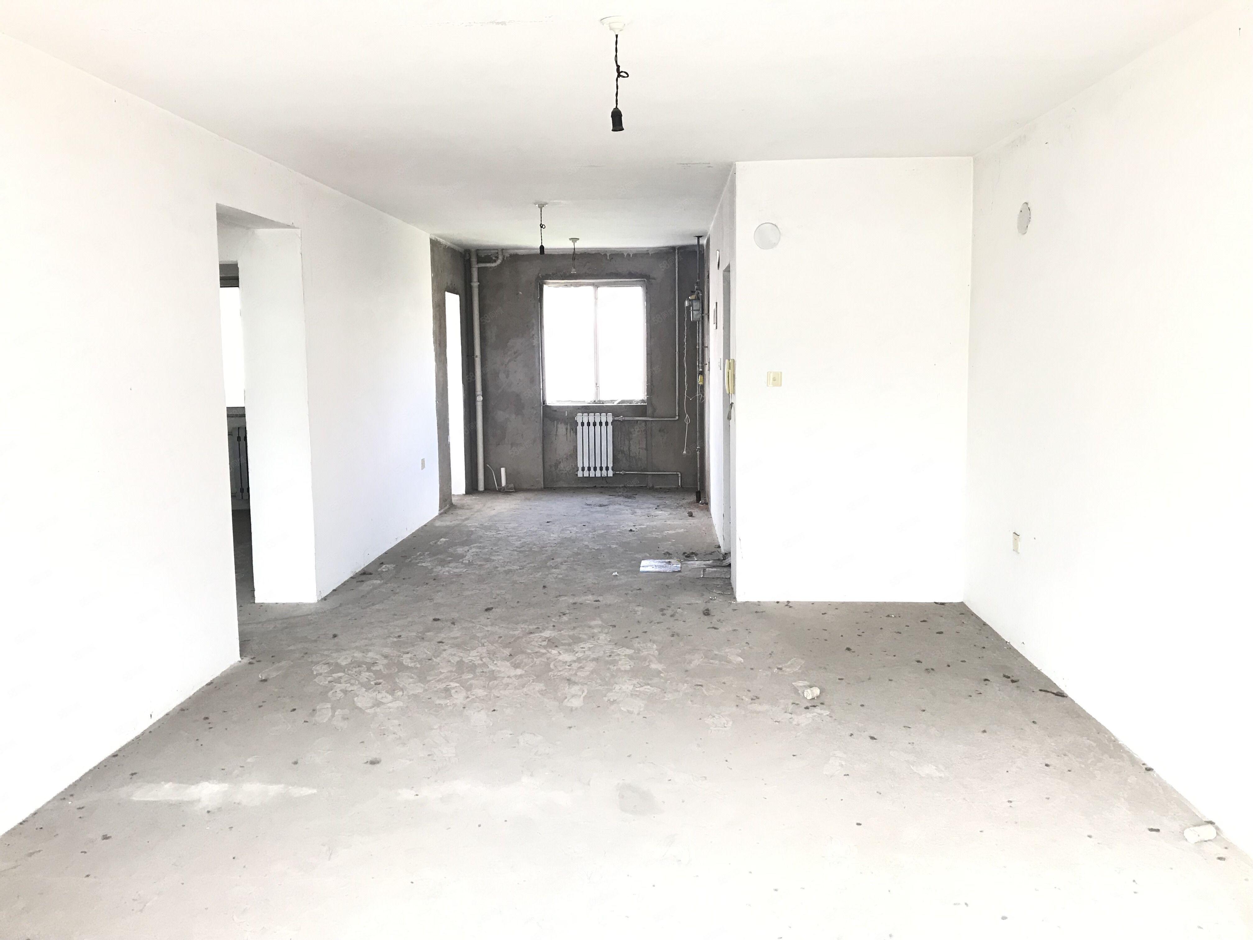 鐵一學.區嘉自衛小區,正五樓,南北通透,南明廳,兩室一廳