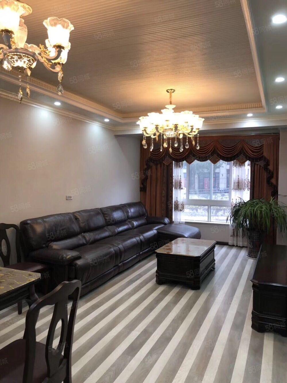 伴江香榭两室一厅,精装修,品牌家具家电,拎包入住,售价68万