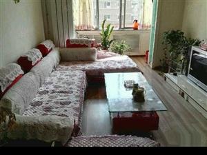 新乐小区,精装二首房底价出售。离学校近。离医院近