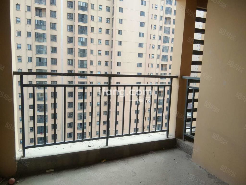 满庭春供暖房中间好楼层大三房户型完美首付低过户低