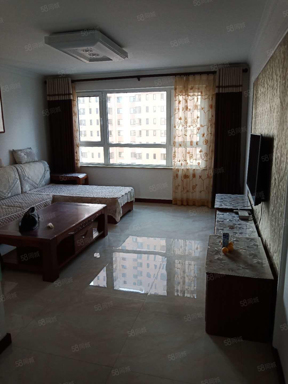 居然之家對面泰景山城全實木裝修2室拎包住