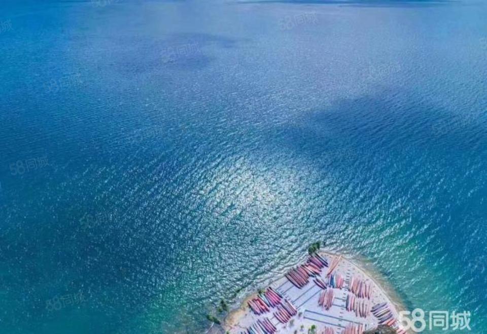 俯瞰抚仙湖小高层板房即买即住