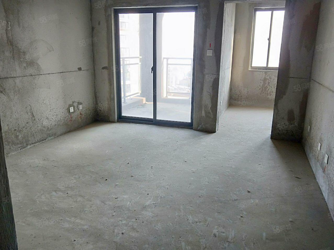 金港名門96平方3室2廳送地上車庫有鑰匙隨時看房