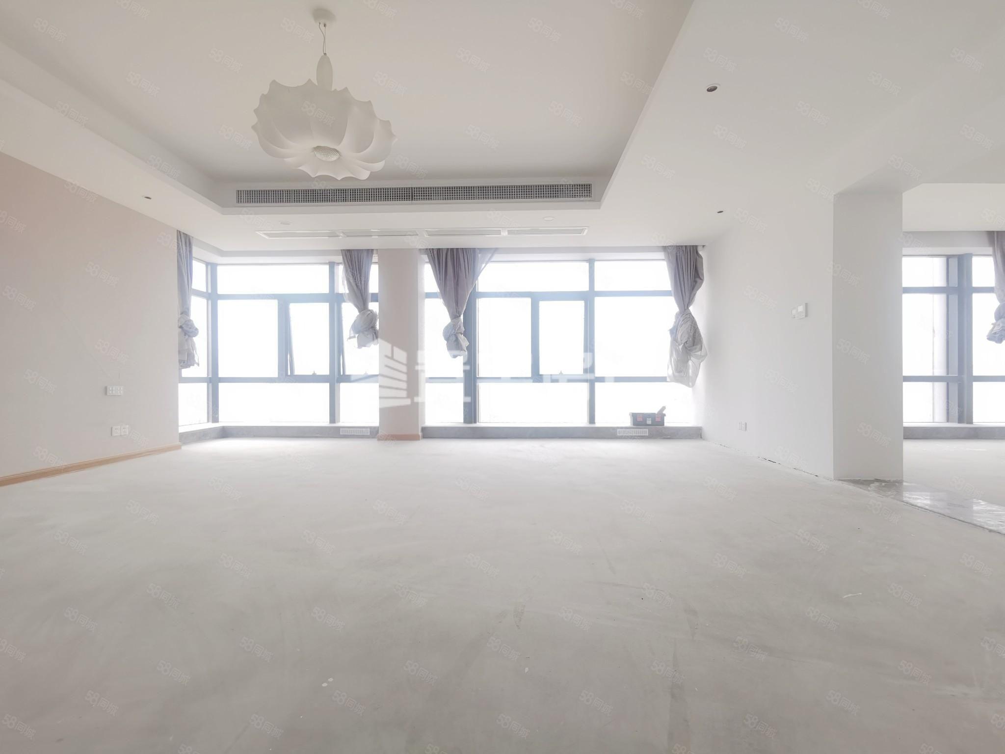 花海公园东部办公区沿江一排14年豪宅社区