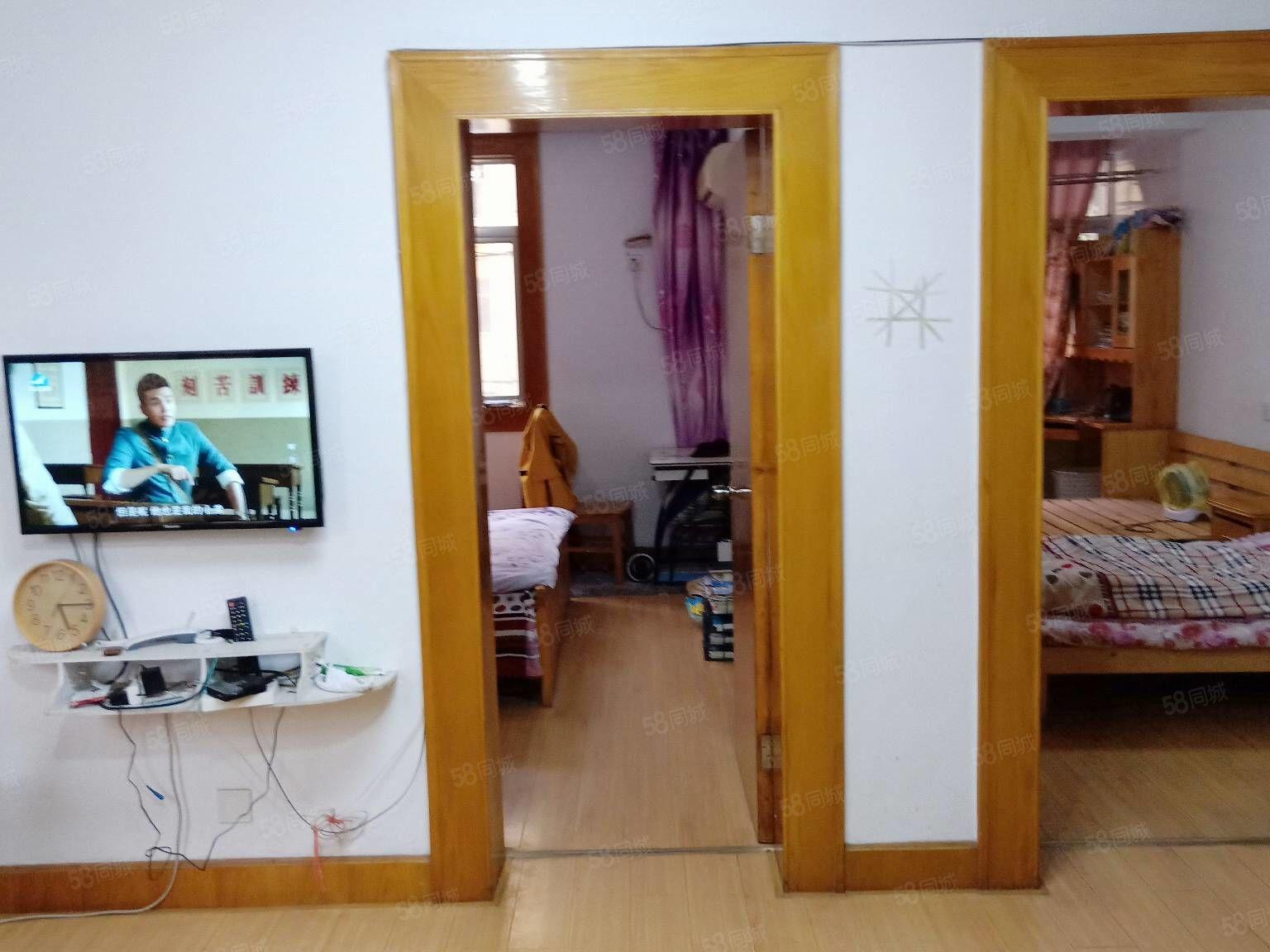 活塞环宿舍2楼67平方2室1厅精装修