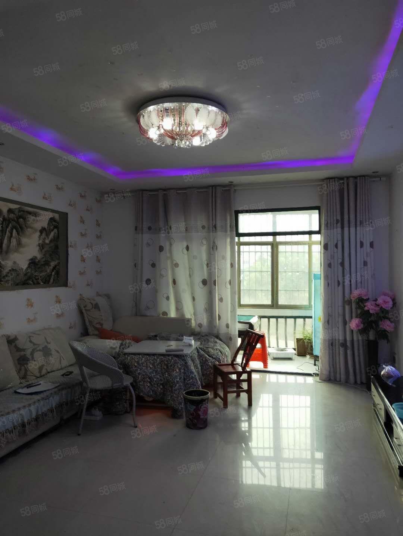 松桃滨江花园A区步梯中装拎包入住三室两厅两卫两阳台43万出售