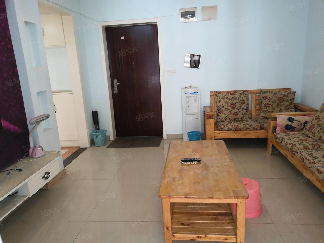 金科黄金海岸,二室二厅一卫精装房,拎包入住