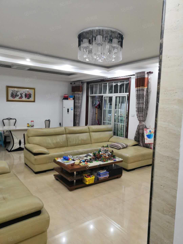 香山国际B区洋房,四室,豪装,现只售90万