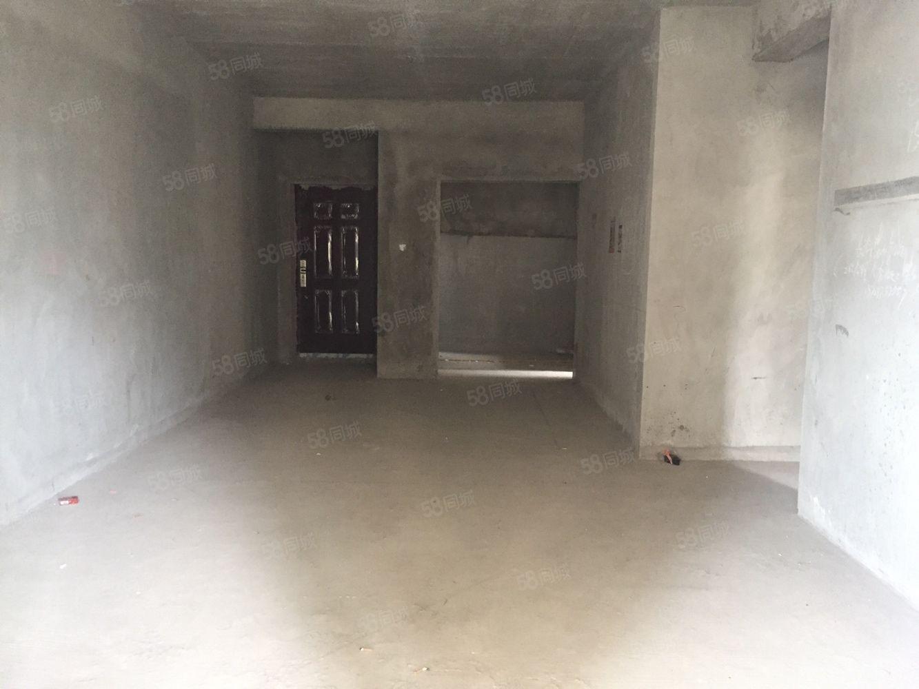 梁平新城體育館旁邊上海城清水4房