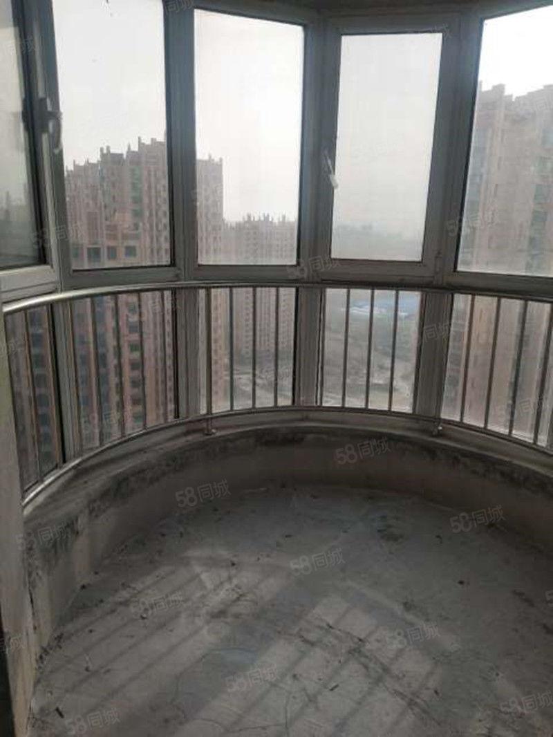 東海香港城三室兩廳帶儲單價8600能貸款撿漏房