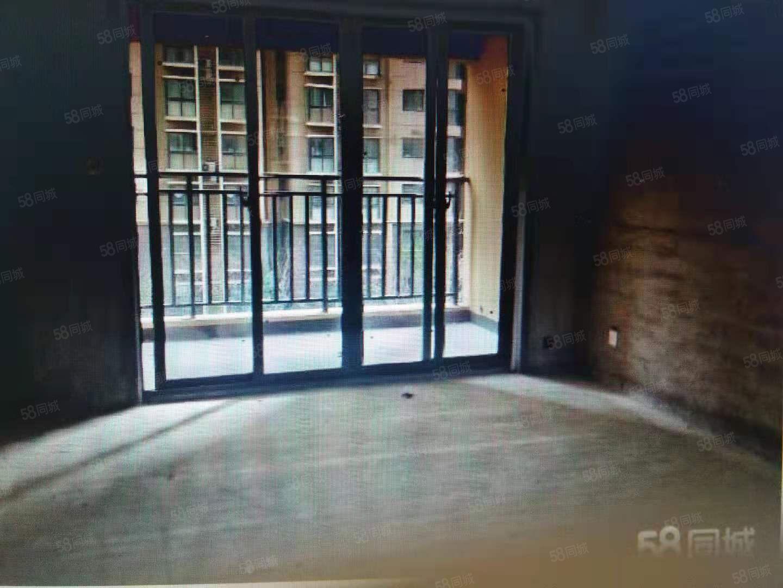 急售翡翠庄园小三室113平米小区物业优美可按揭