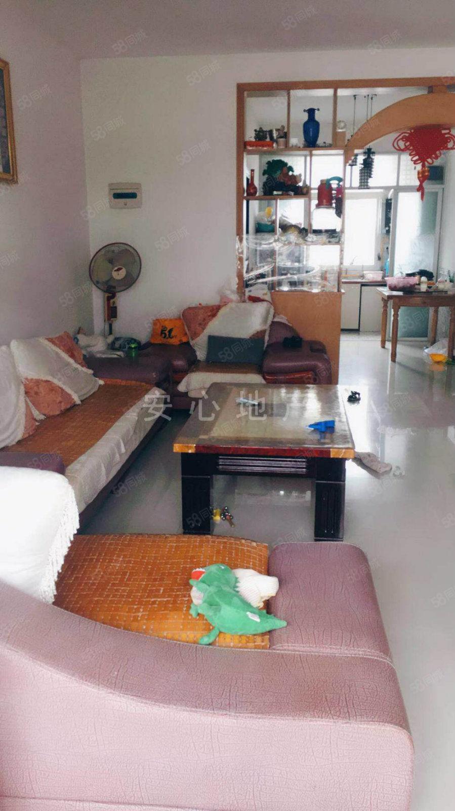碧桂园三房出租欢迎来电随时看房先到先得