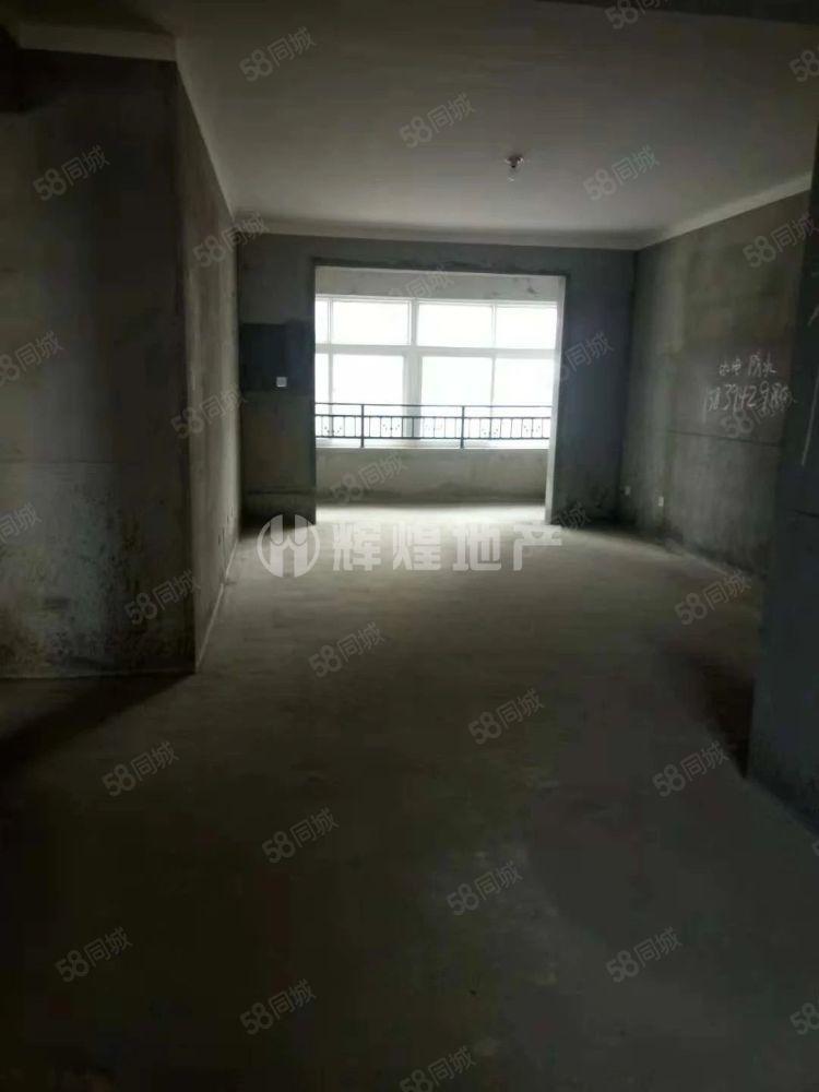 均价5600一平天明城人和苑3室2厅2卫,可实地看房