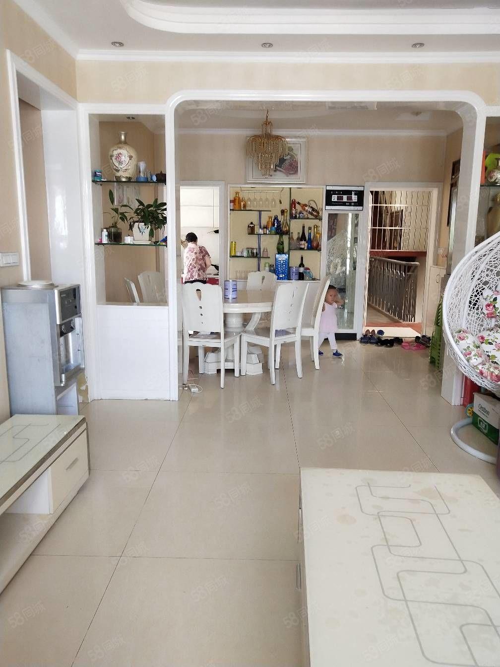 圣泉小区3室2厅精装修好房出售