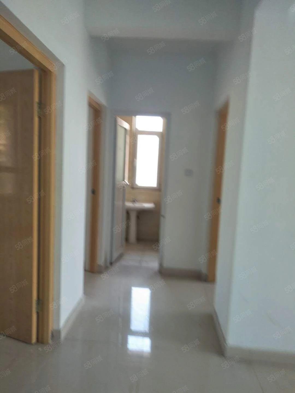 利津西�s小区94.5平米,小高层6楼,简装,位置好,全