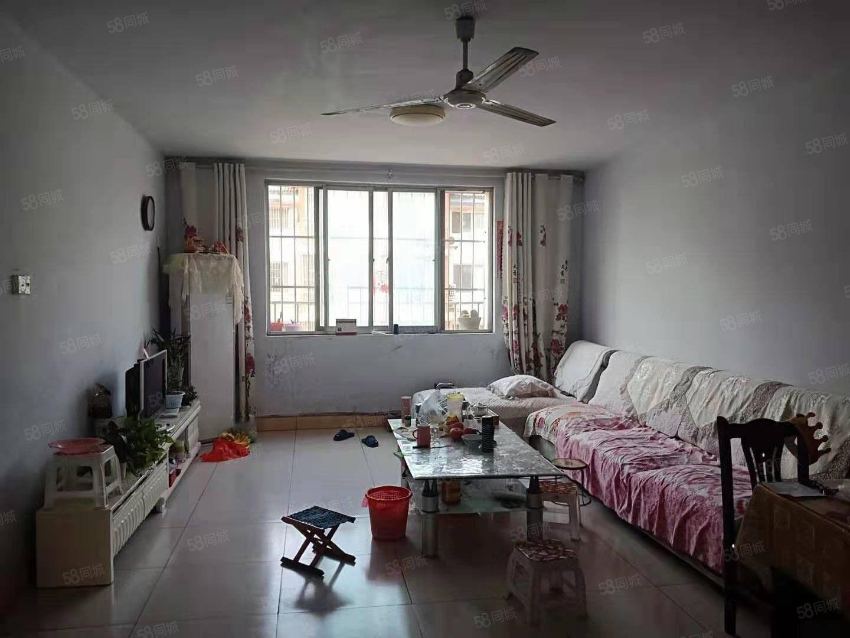 北园小学附近北园小区五楼非顶有空调带储700元出租