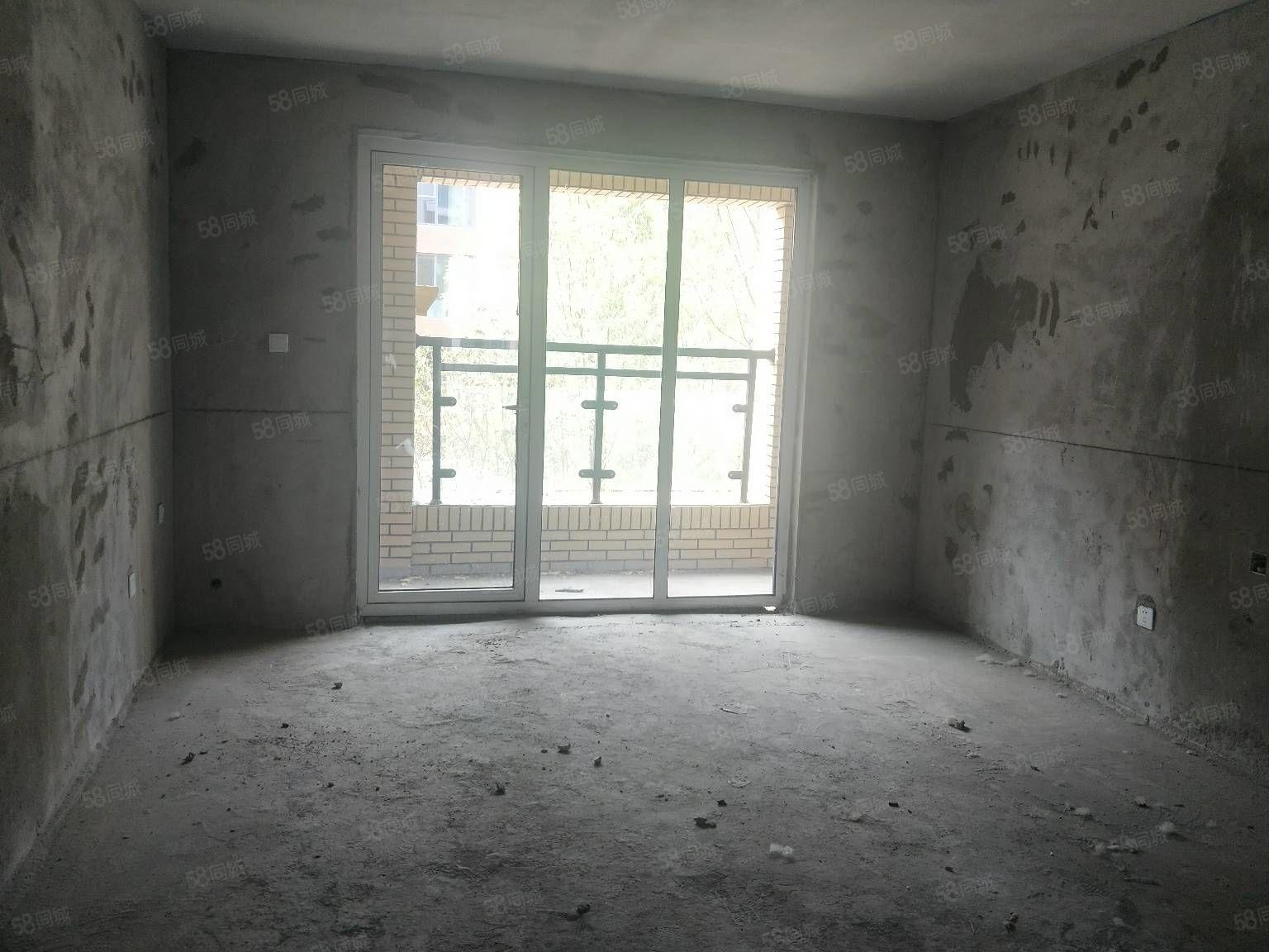 商业北街爵士山洋房单价9500有房本可贷款赠仓房