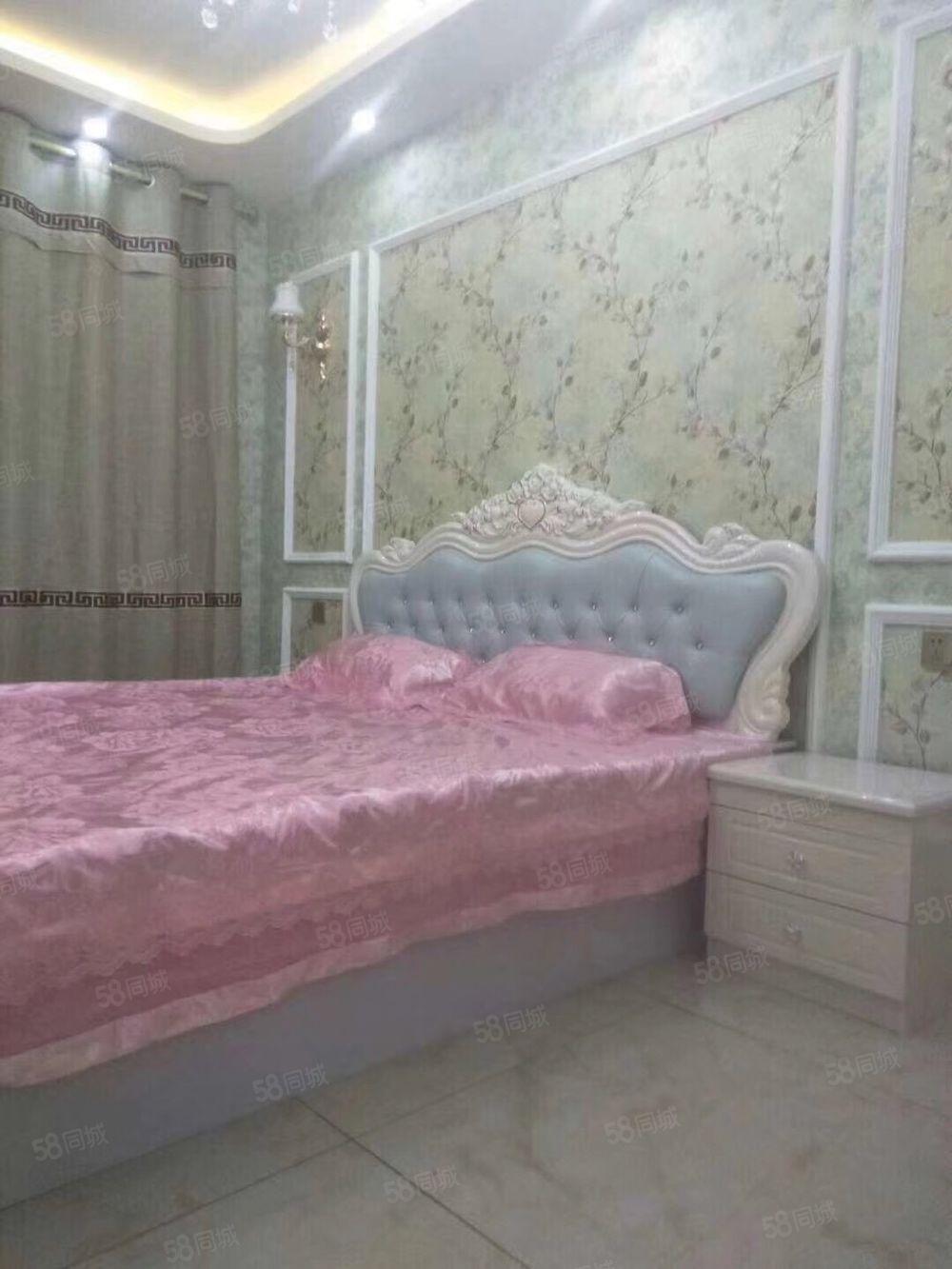 清新雅居19楼,两室,南明厅落地窗,精装,带全屋家具