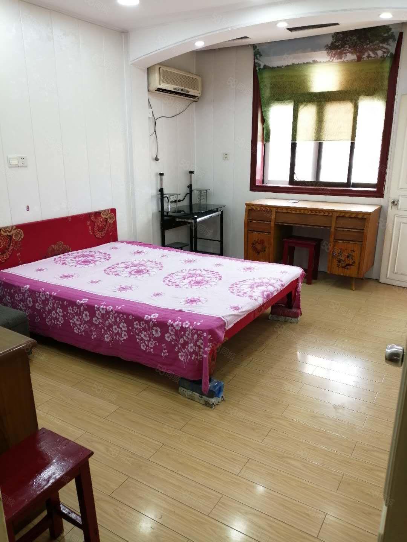 整租扬子新村3室一厅中装设配齐全拎包入住