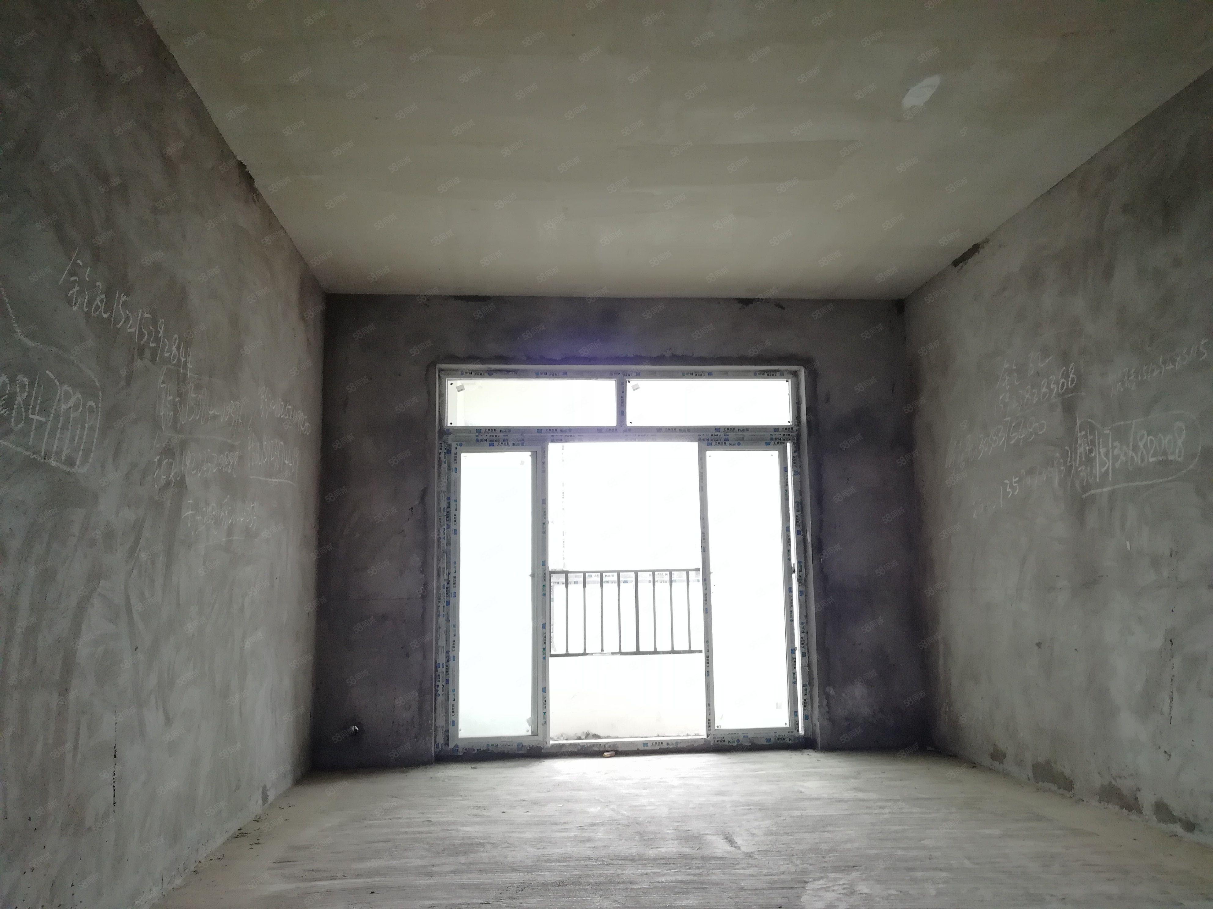 江景房,滨州上城无敌视,户型方正,3房2卫,