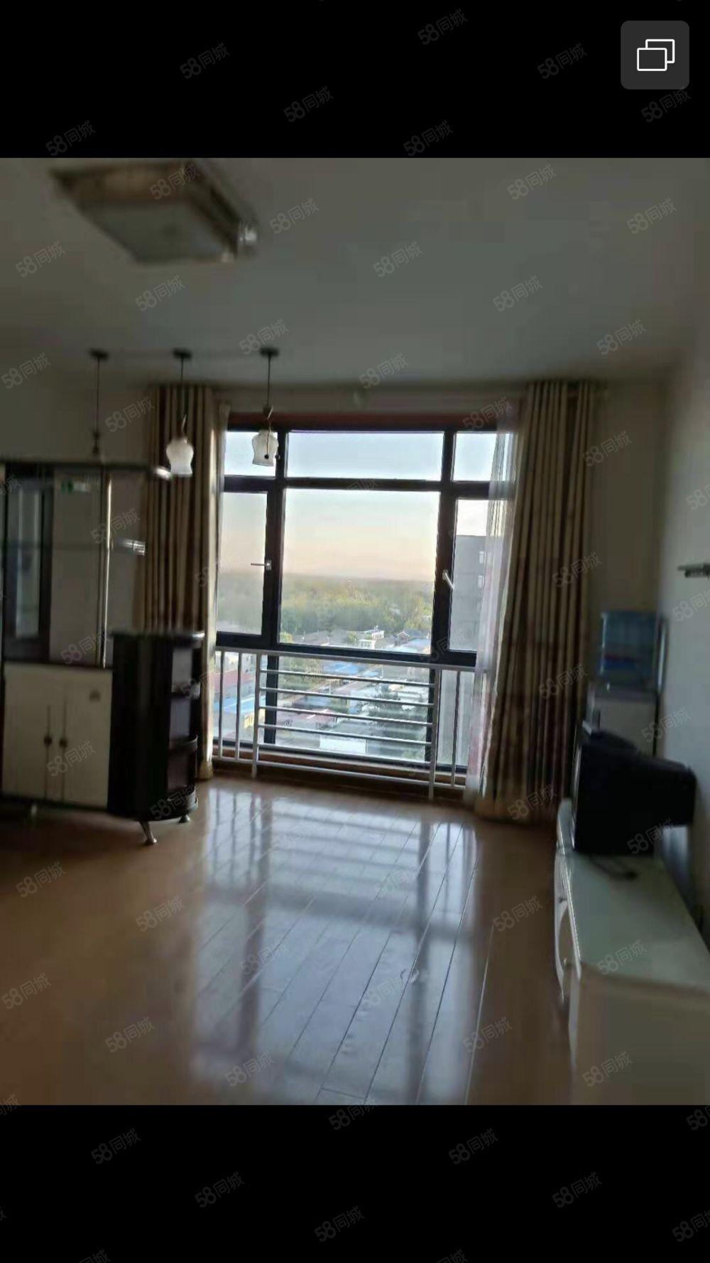 天阔二期11层顶层,家具家电齐全,可以短租半年1100