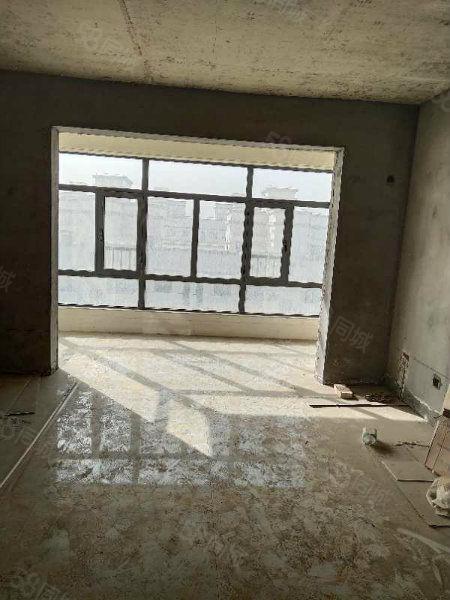 江南华庭框架2居室好楼层毛坯房出售