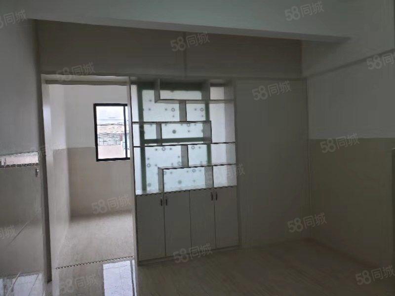市中心黄.金地段住宅式公寓,大产权,现房支持按揭,无其他费用
