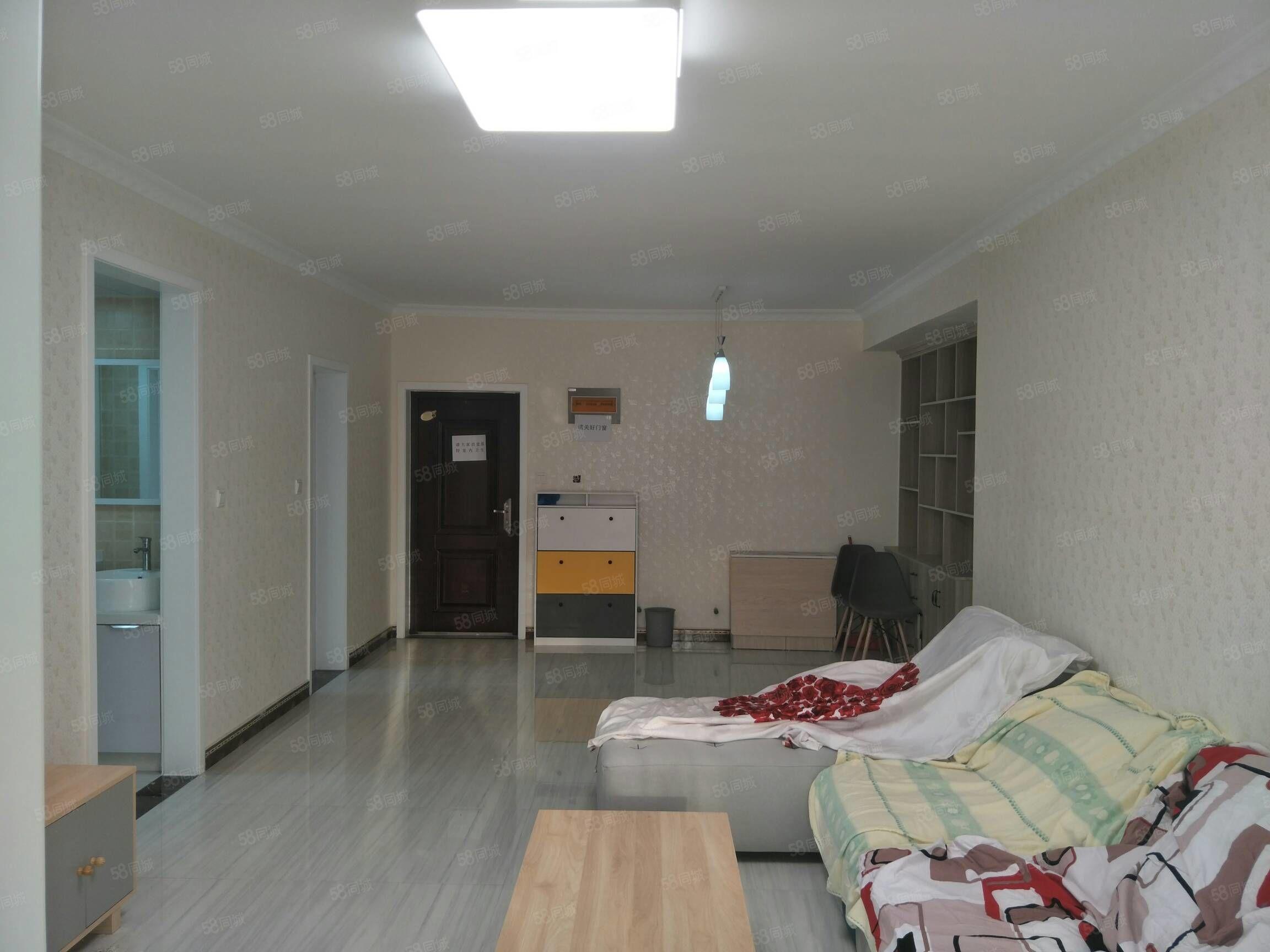 房东精心装修,可以直接领包入住,可以做按揭,电梯高层好视野