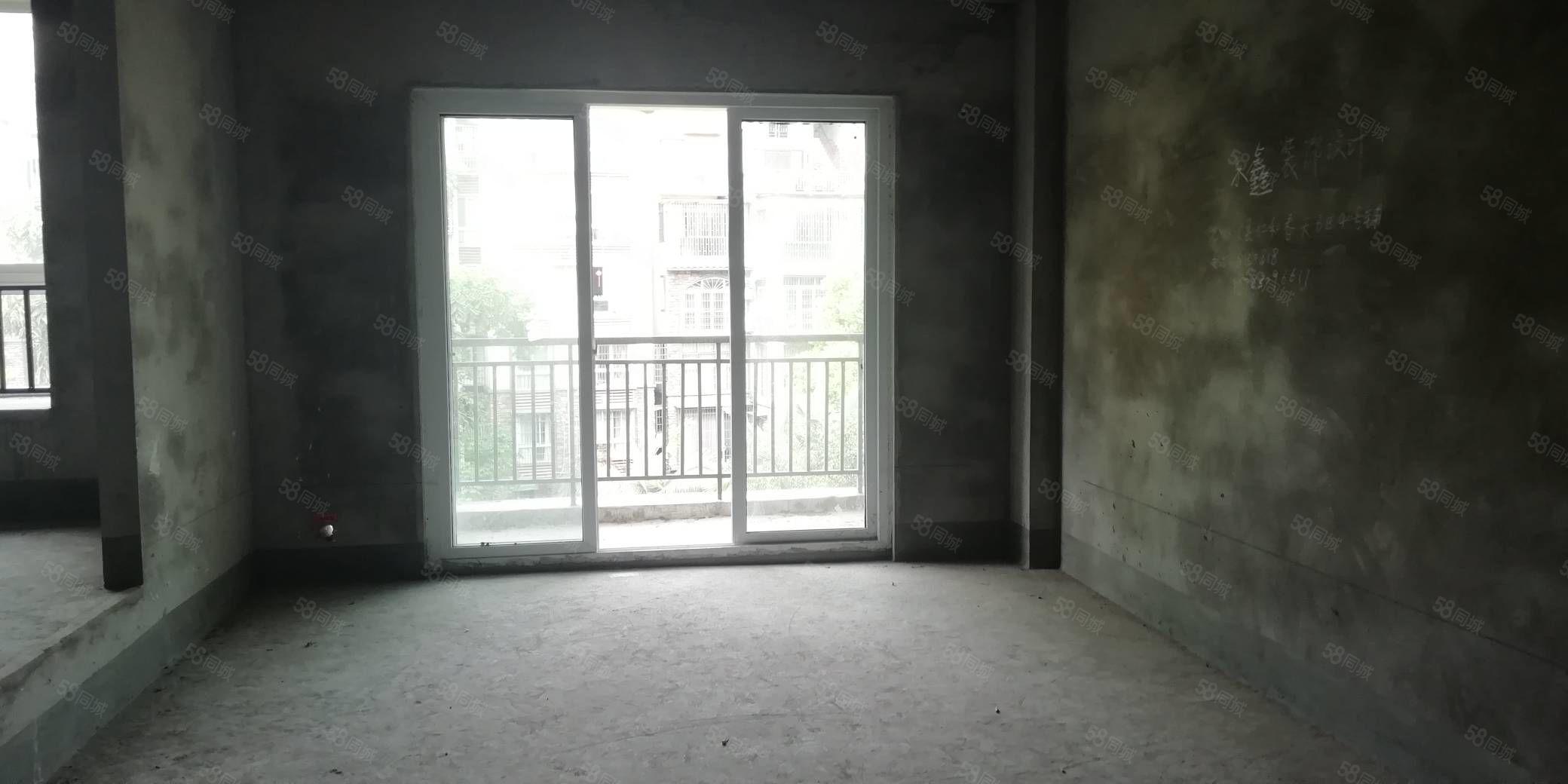 城西万福大都会对面翡翠城半跃室大三房