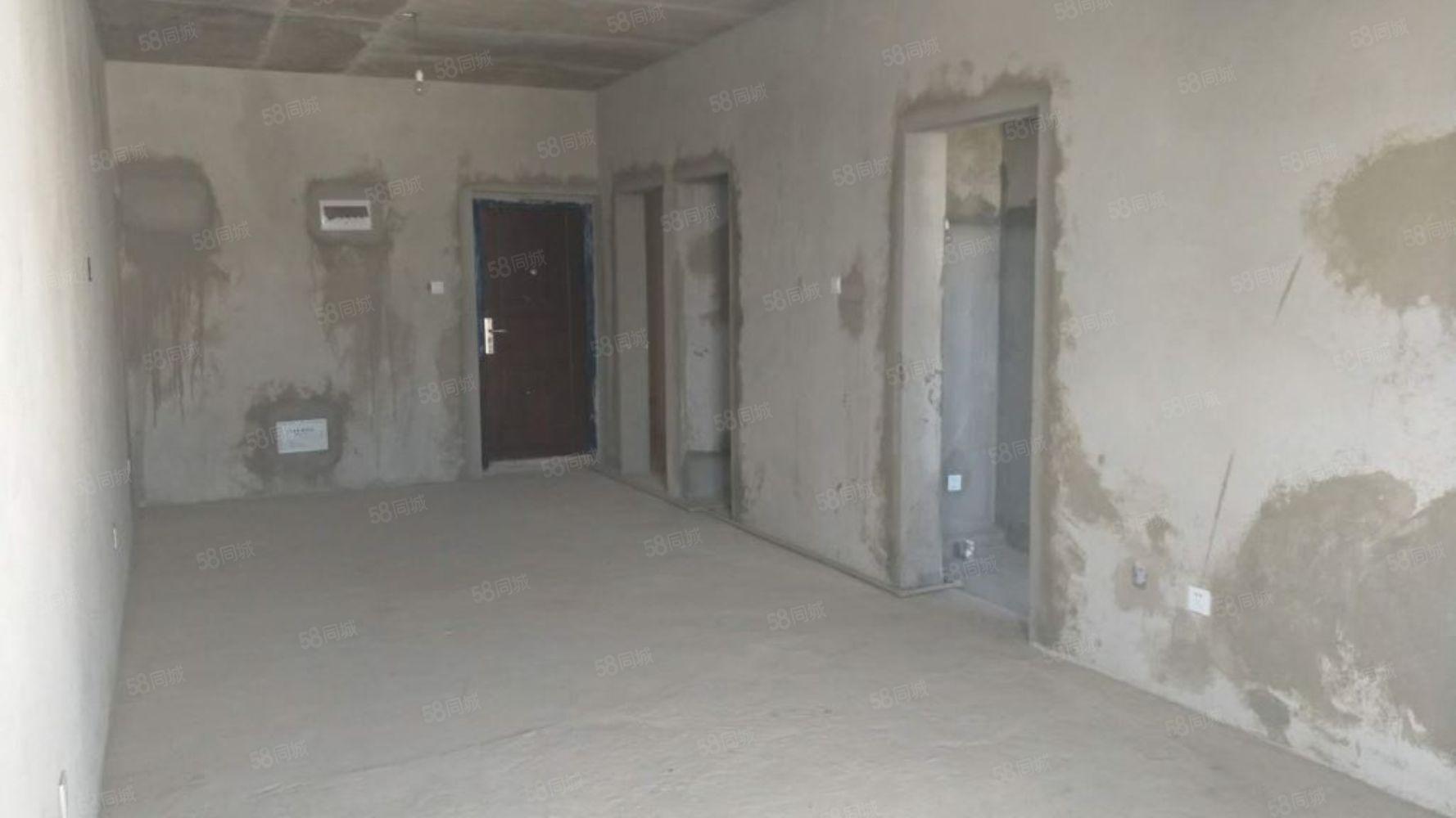 天德中�d好房急售,有需求的朋友�M快�系我看房吧,好房不等人。