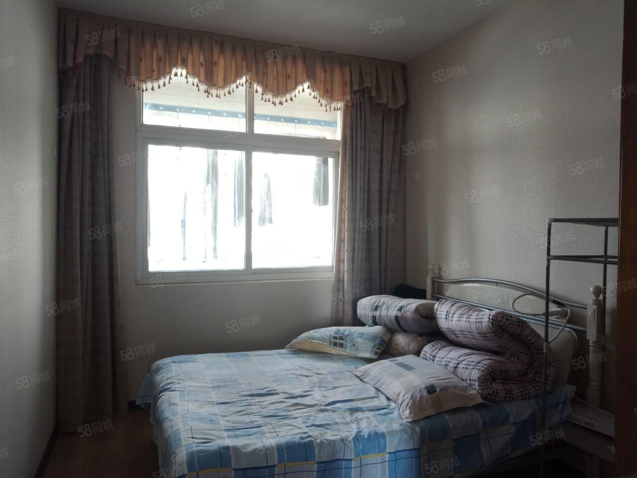 石马坡北关小学三居室中等装修售价50万