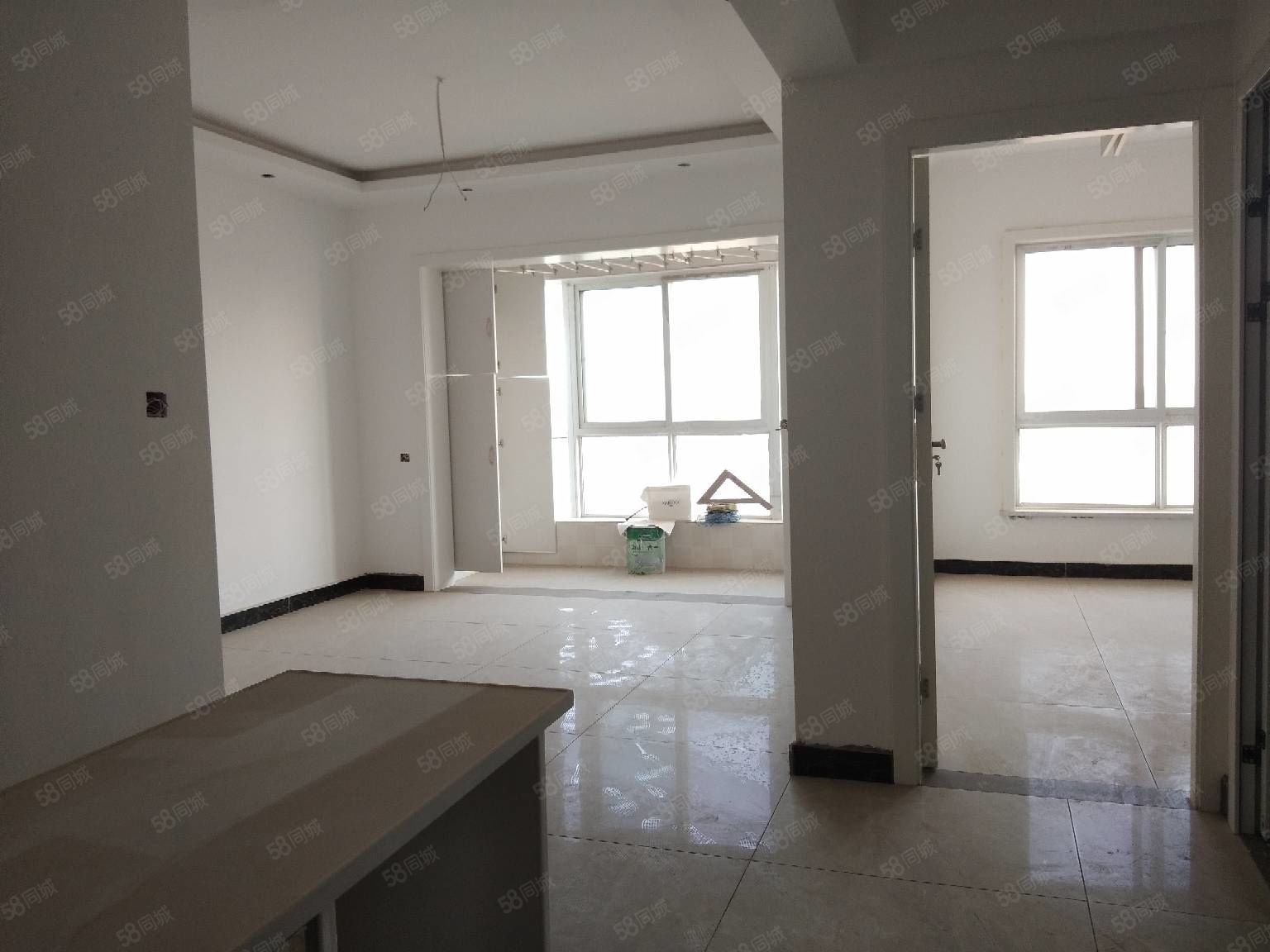 出售狀元府邸高層小兩室新裝修房