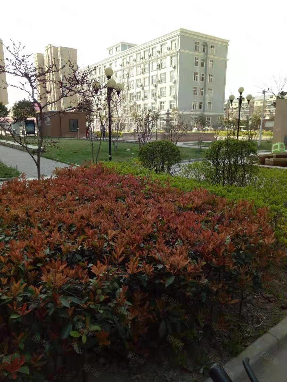 七一路西段居安城市花园两室精装出租中