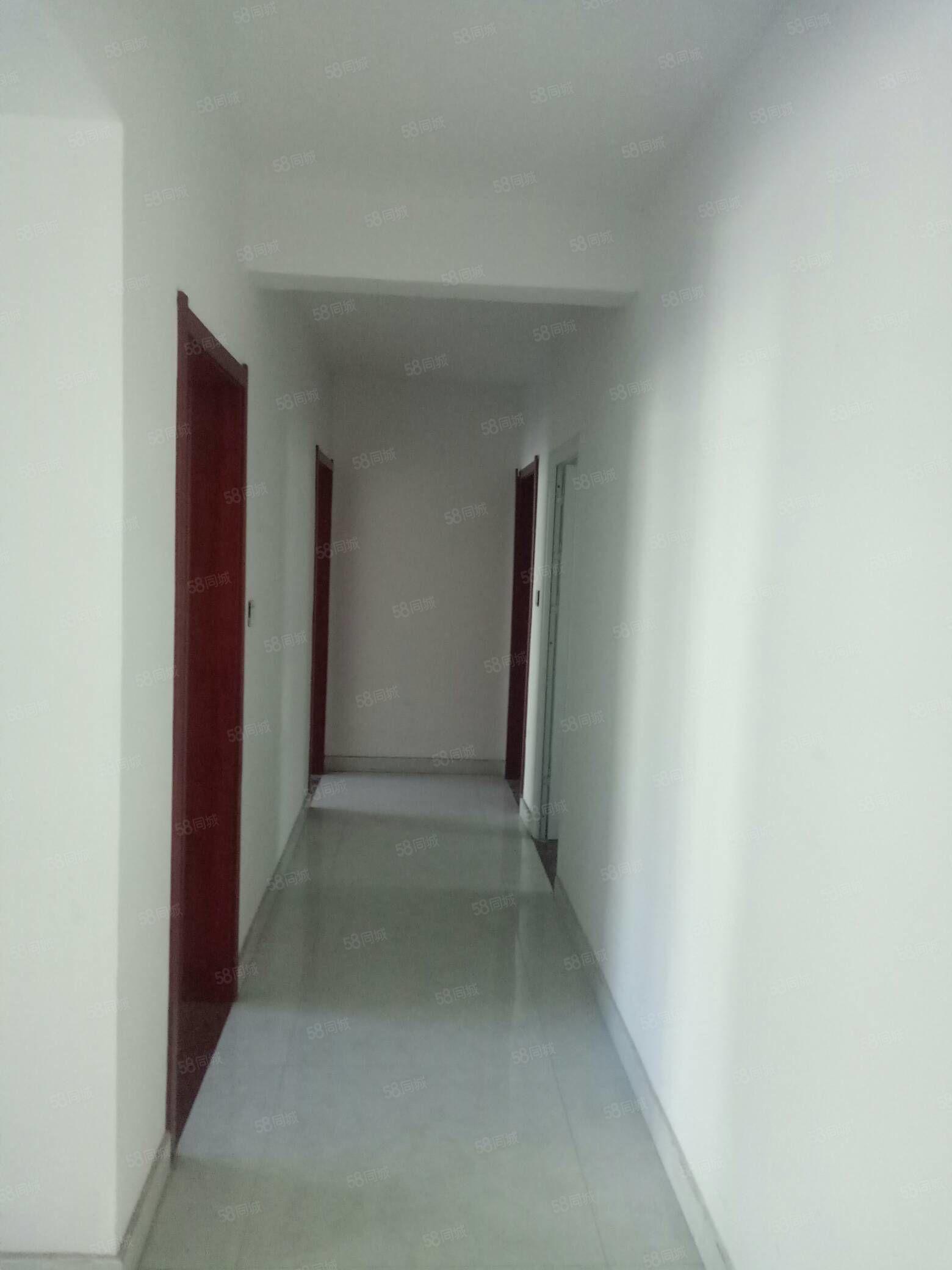 利津银座花园高层8楼137平带储藏室新房已装急售86.8万