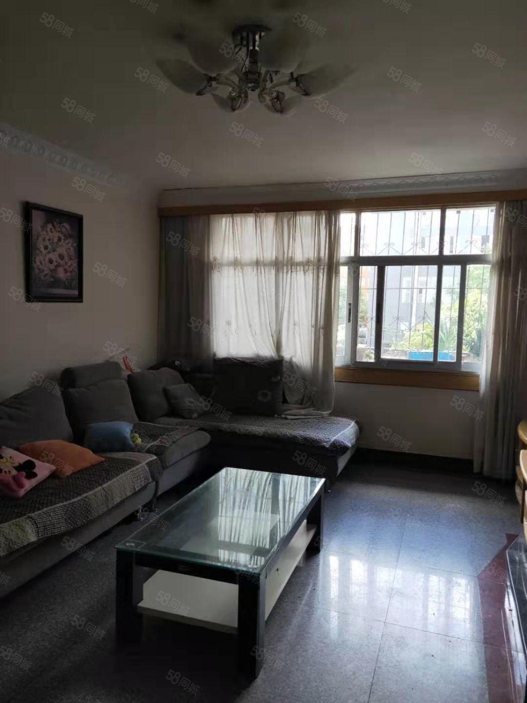 桂山路泰华园2楼,3室2厅1卫,中装修,带家具澳门金沙平台
