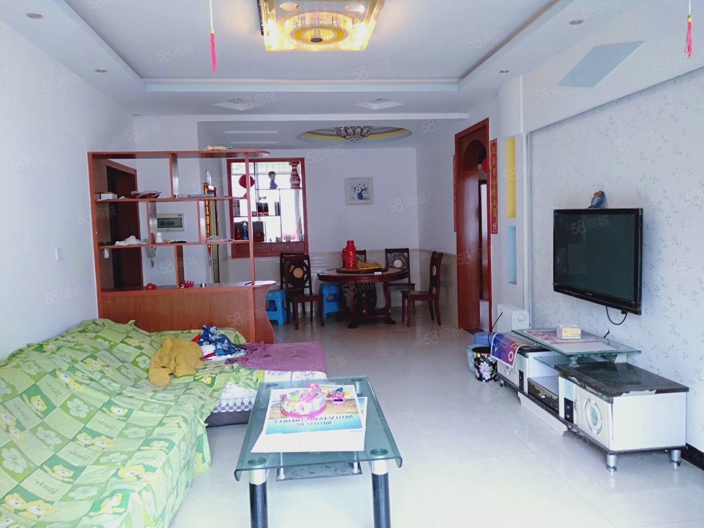御东名苑4楼2室2厅1卫80平米精装齐全拎包入住