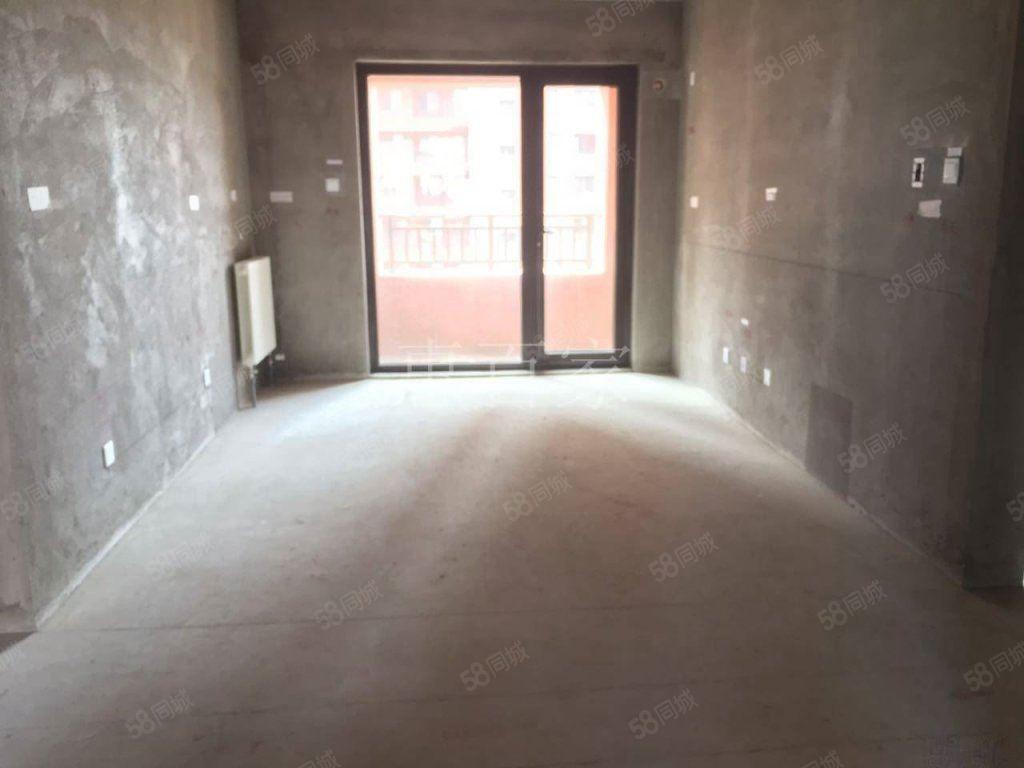 中海国际社区马上满2年南北通透三居室中间楼层低单价
