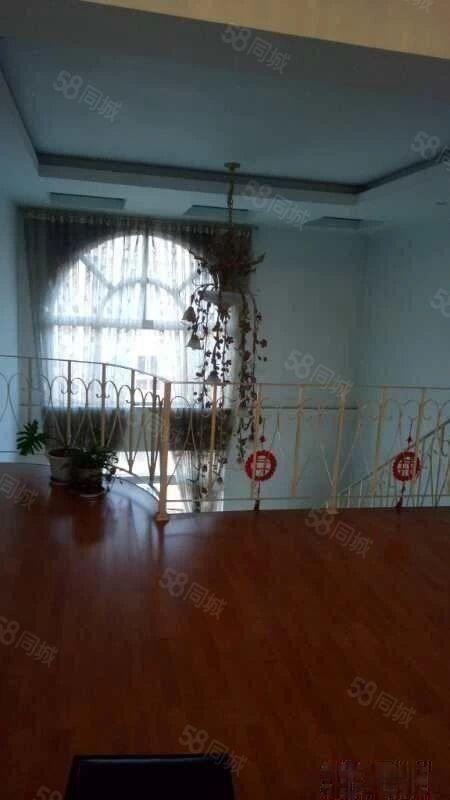 。瑞丰花园2500元3室3厅3卫豪华装修带衣服直接入住
