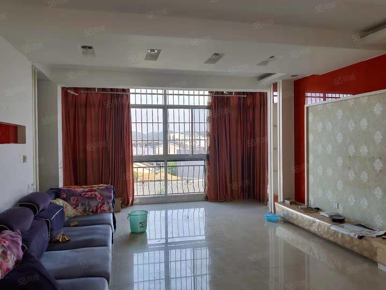 阳光新城六楼面积98平方证上面积使用110平方