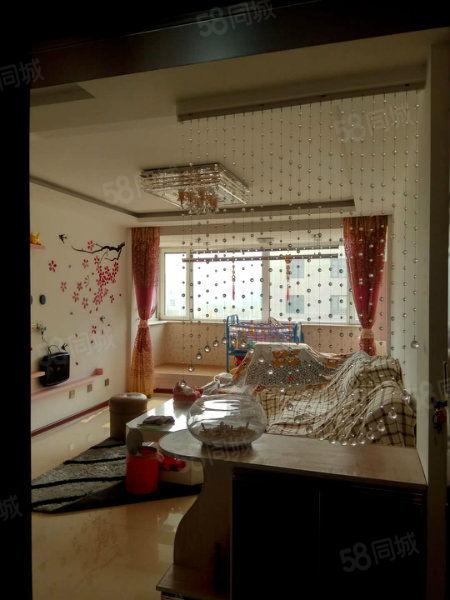 白沙小筑两居室婚房出售