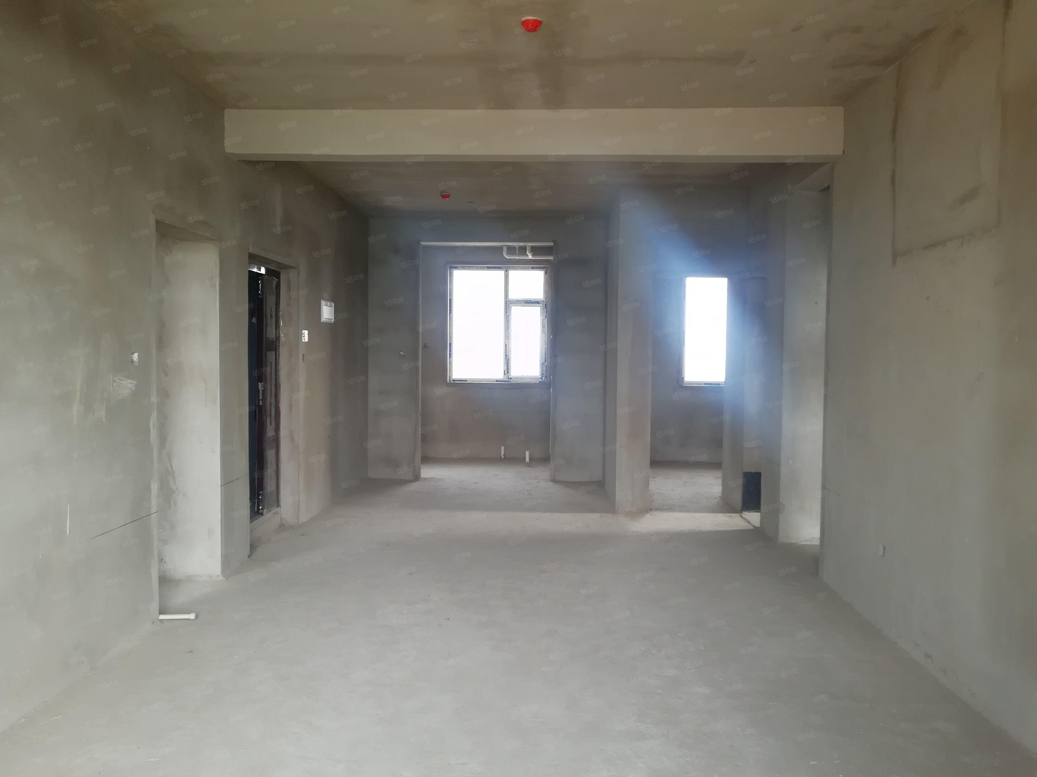 晉秀豪庭139平米高層3室2廳2衛直接更改合同急售