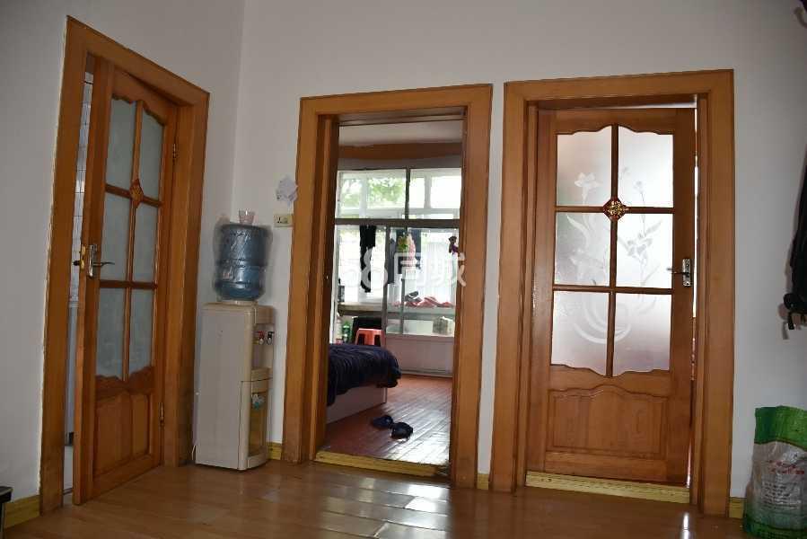 城东新村2室1厅1卫