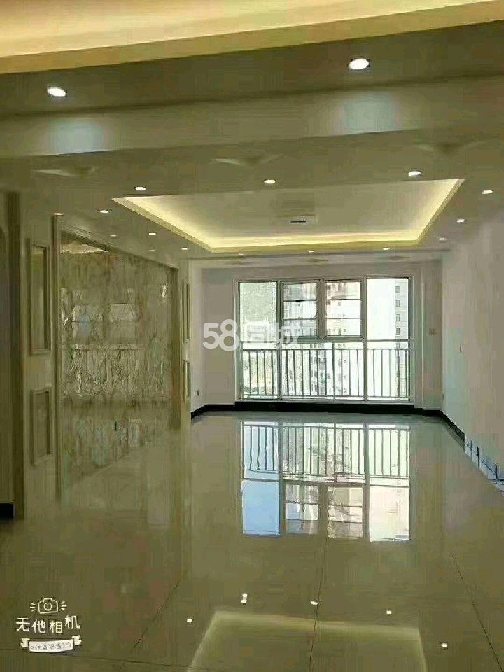 龙誉国际3室2厅2卫
