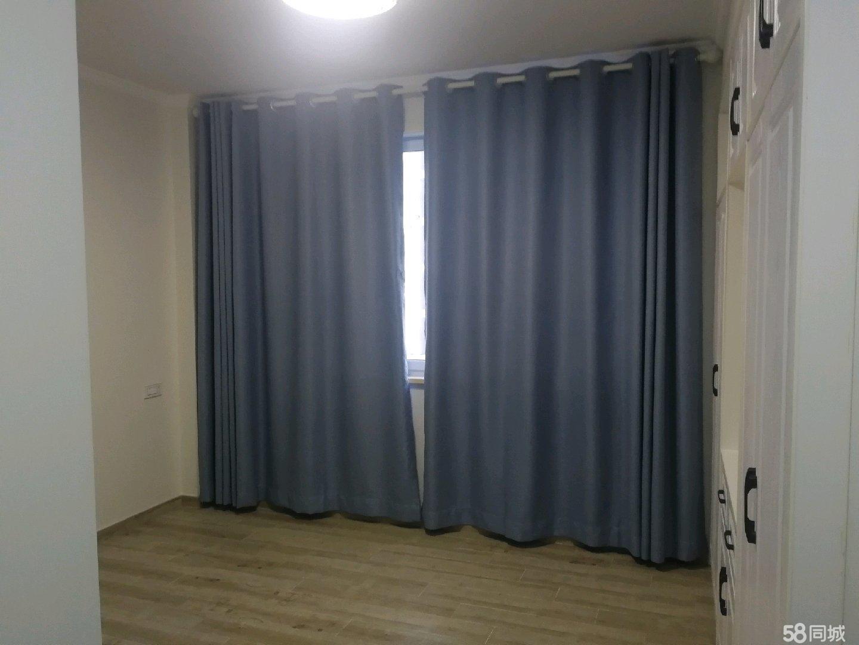 古院小区电梯房六楼三室两厅二卫阳台
