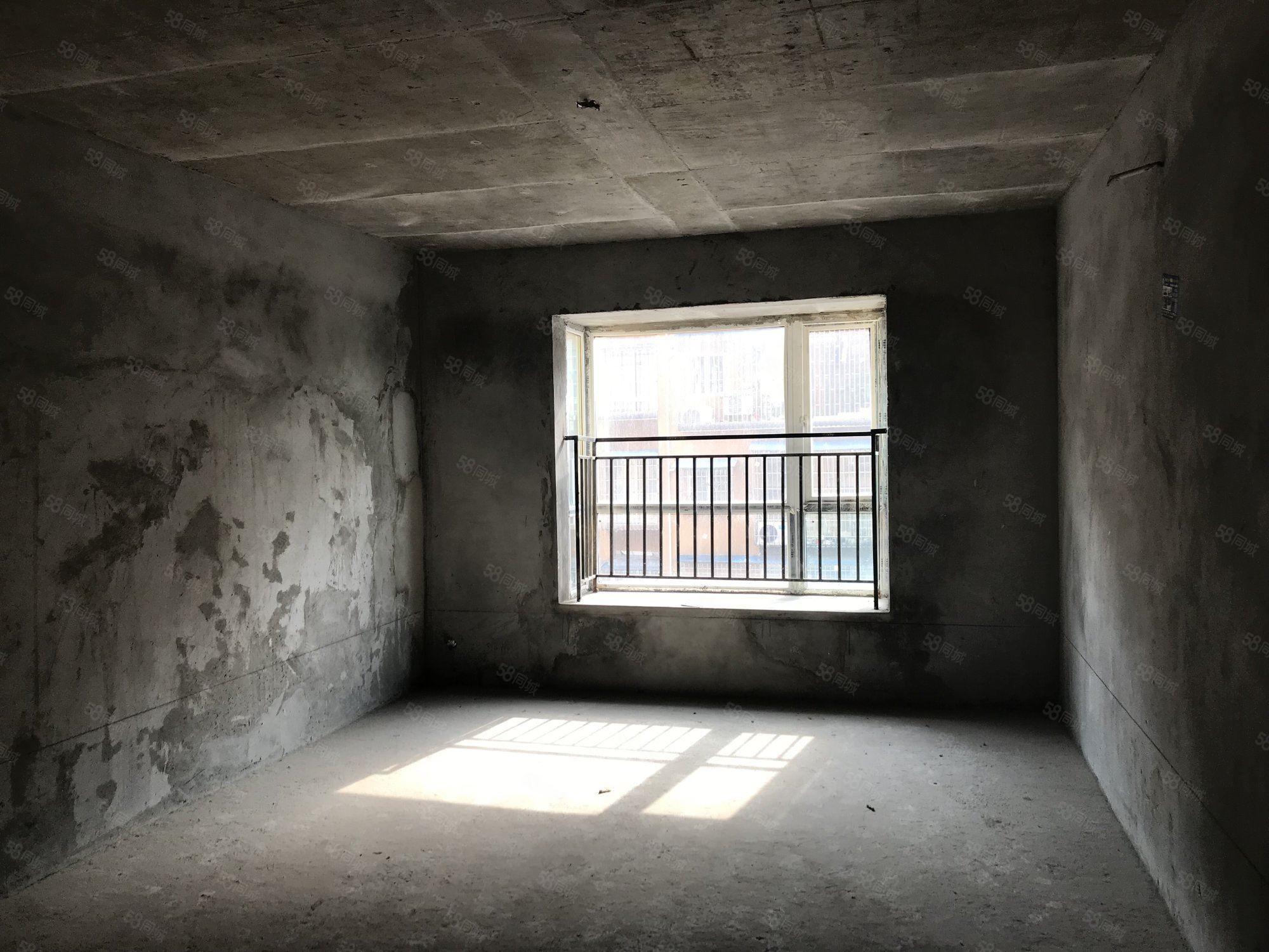 康桥丽景B区步梯3楼清水房首付10多万