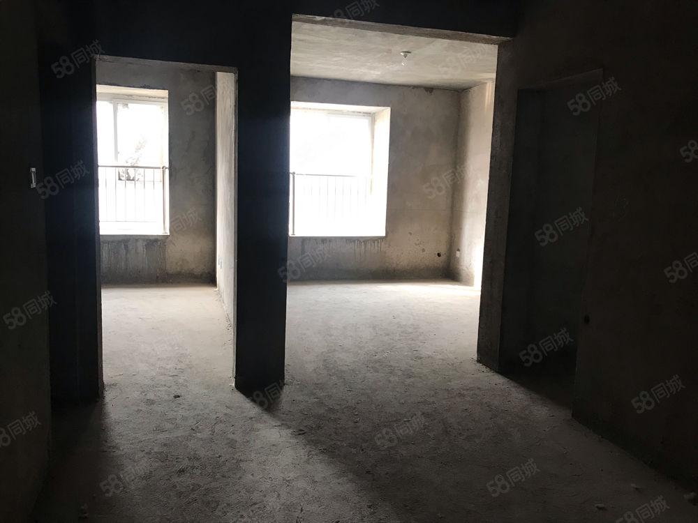 鼓楼广场电梯中层南户满五唯一过户费用低