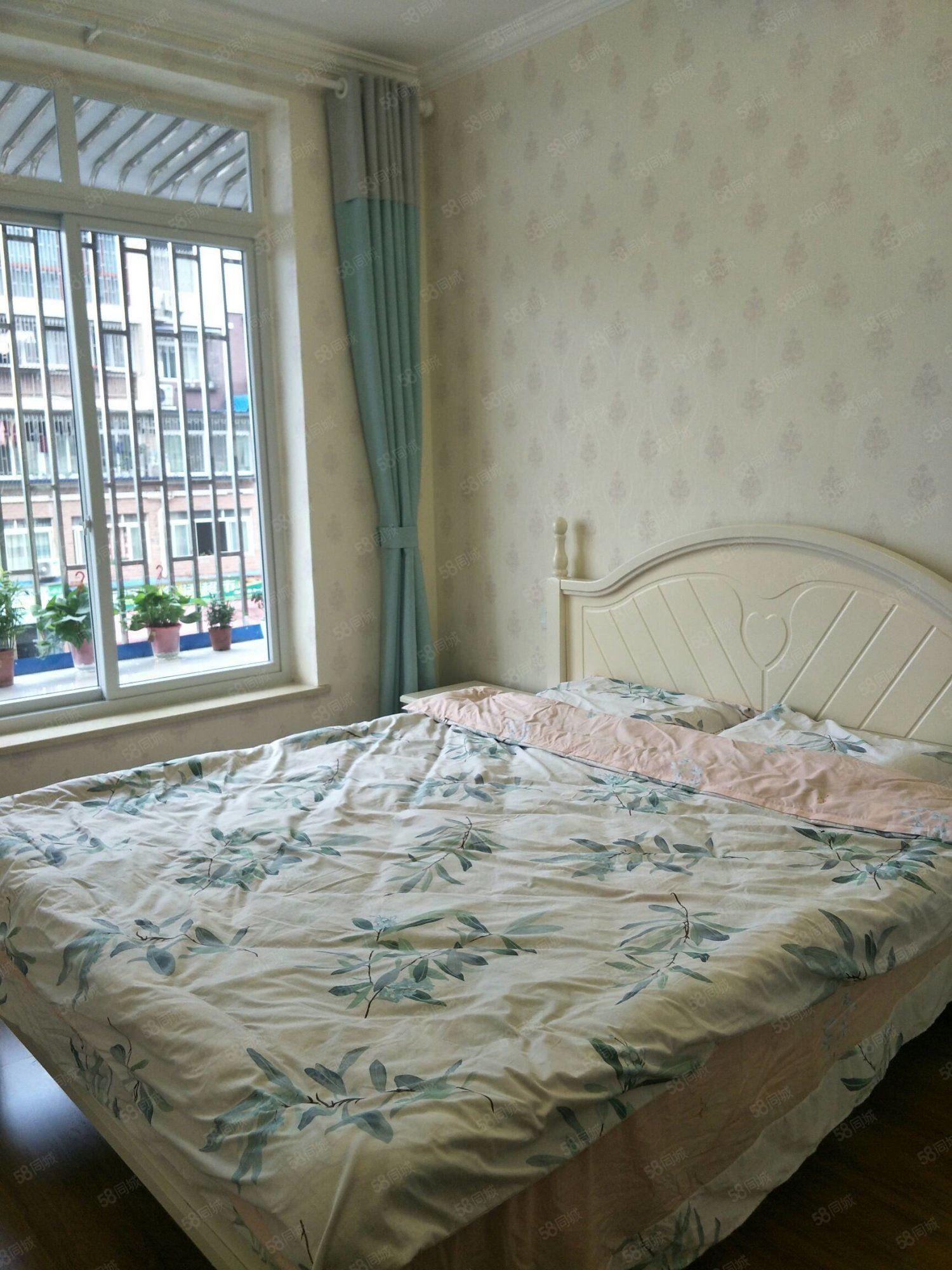 多層二樓精裝3室江景房帶6平米小花園