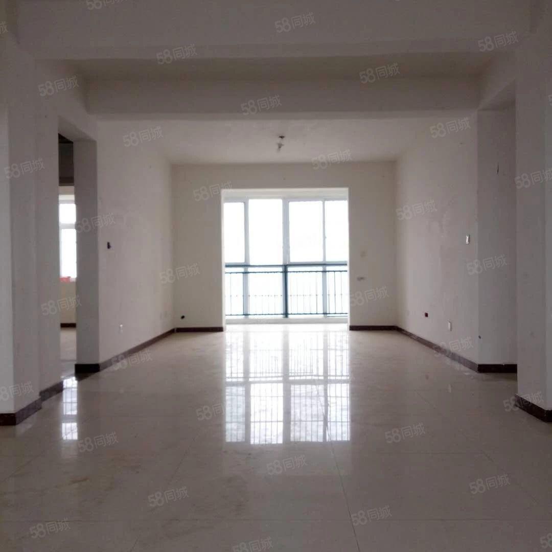 现代城电梯13楼130平米62万简装有证满两年