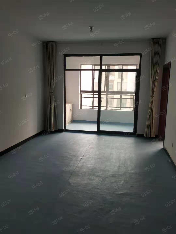 金色东方高层三室装修房