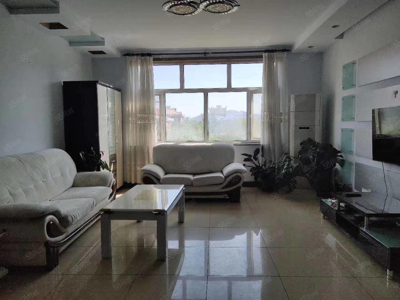 沙中旁一居室,家具家��R全拎包入住,�梯房出租,
